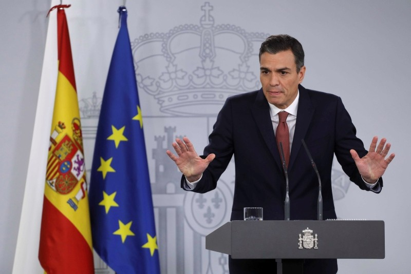 Spain's Prime Minister Pedro Sanchez gestures during a news conference at the Moncloa Palace in Madrid, Spain, Nov. 7, 2018. (Reuters Photo)