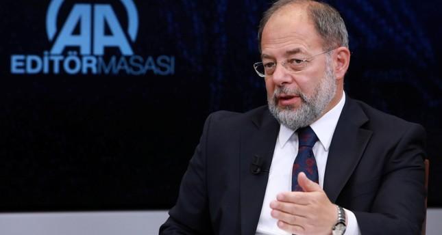 رجب أقداغ نائب رئيس الحكومة التركية