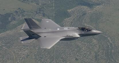 Jungfernflug für den ersten F-35 Kampfjet der Türkei