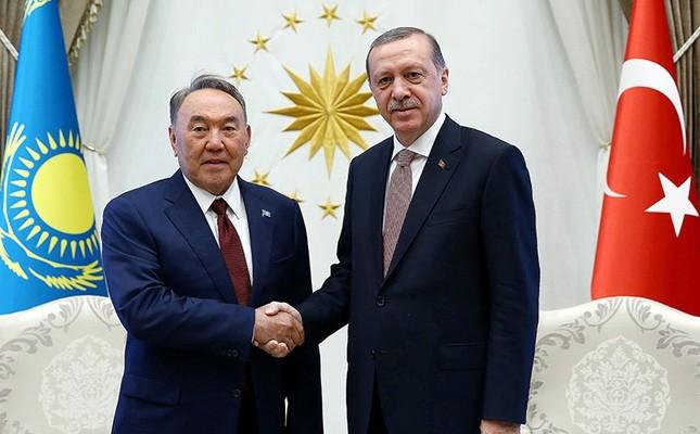Turkey's President Recep Tayyip Erdoğan, right, shakes hands with President Nursultan Nazarbayev of Kazakhstan at the Presidential palace in Ankara, Turkey, on Friday, Aug. 5, 2016. (Kayhan Özer/Presidential Press Service, Pool Photo via AP)