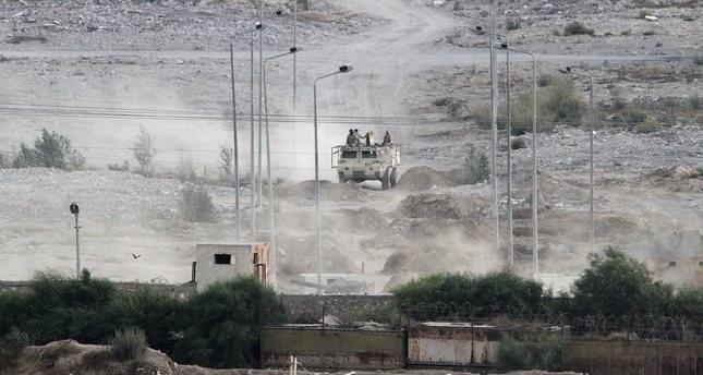 Ägyptische Soldaten an der Grenze zum Gazastreifen, 01. Juli 2015. (AP Foto)