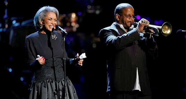 In this Oct. 28, 2007 file photo, Nancy Wilson, left, and Terence Blanchard, right, perform during an all-star tribute concert for Herbie Hancock, in Los Angeles. (AP Photo)