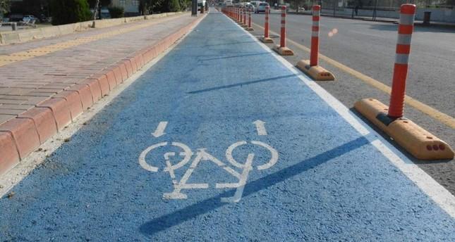 Bike, walking lanes to spread across car-loving Turkey