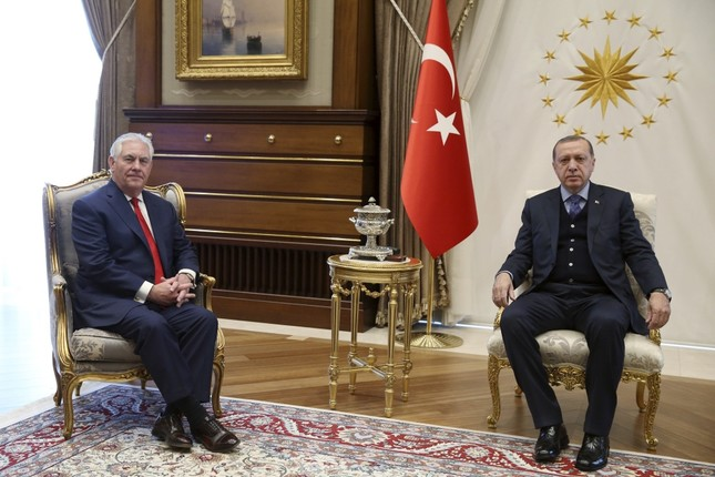 In Erdoğan, Tillerson meeting, even translators weren't present