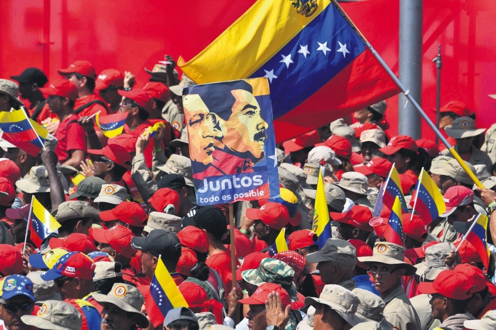 Supporters of Venezuelan President Nicolas Maduro gather to mark the 20th anniversary of the rise of power of the late Hugo Chavez, Caracas, Feb. 2, 2019.
