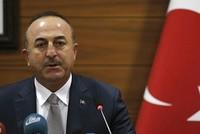"""Außenminister Mevlüt Çavuşoğlu sagte am Dienstag, dass die Truppen des Assad-Regimes die gemäßigte Opposition """"unter dem Vorwand der Bekämpfung der Terrorgruppe Nusra"""