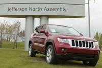 Der italienisch-amerikanische Autohersteller Fiat Chrysler ruft wegen Problemen mit den Bremsen nahezu 710.000 Geländewagen zurück in die Werkstätten.  Zu dem Schritt habe man sich nach...