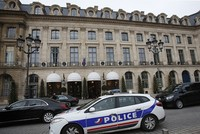French police seek thieves after Ritz Hotel robbery in Paris