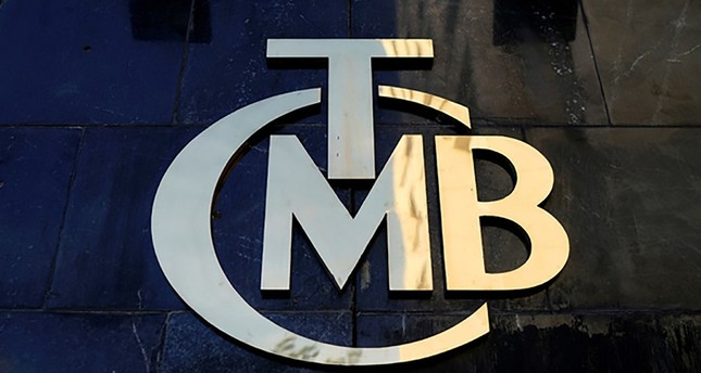 A logo of Turkey's Central Bank (TCMB) is pictured at the entrance of the bank's headquarters in Ankara, Turkey April 19, 2015. (REUTERS Photo)