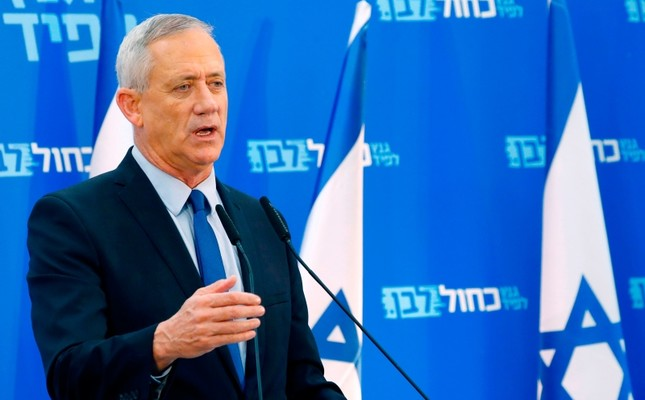 Retired Israeli general Benny Gantz, one of the leaders of the Blue and White Kahol Lavan political alliance, addresses members of his party in Tel Aviv, Israel, March 20, 2019. AFP Photo