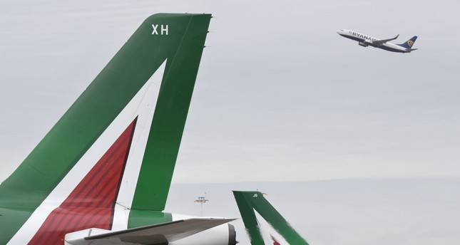 Minister: Italy could own about 15 pct of new Alitalia