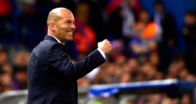 الفرنسي زيدان يعود لقيادة ريال مدريد حتى 2022