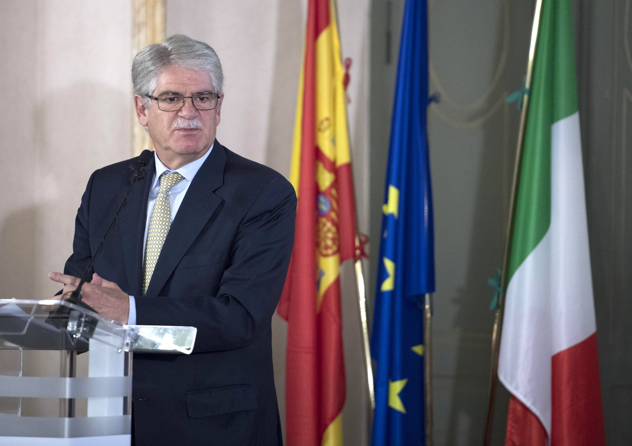 Spain's Foreign Minister, Alfonso Dastis, during his speech at the 15th Dialogue forum Italy-Spain in Rome, Italy, October 2, 2017. (EPA Photo)