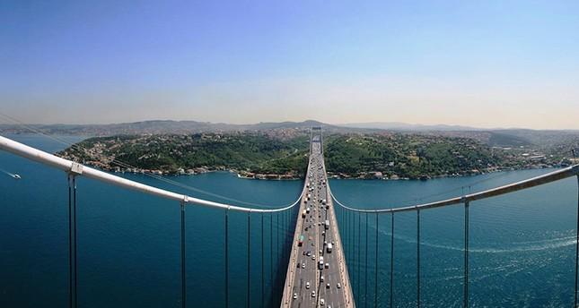 Istanbul's Fatih Sultan Mehmet Bridge which crosses the Bosporus (Sabah File Photo)