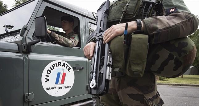 مقتل كاهن ومسلحَين في عملية احتجاز رهائن في كنيسة شمالي فرنسا