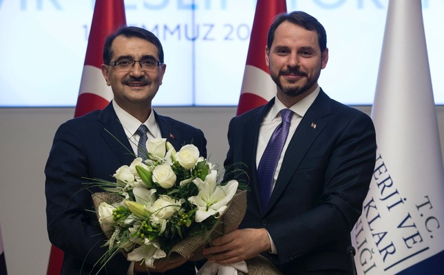 Energy and Natural Resources Minister Fatih Dönmez took over duties from his predecessor and the new Treasury and Finance Minister Berat Albayrak on July 10.