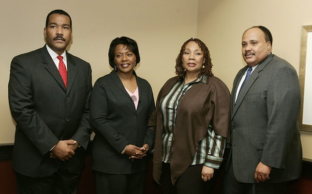 The children of slain American civil rights activist Martin Luther King Jr, (L-R) Dexter King, Rev. Bernice King, Yolanda King and Martin Luther King III gather at a news conference in Atlanta, Georgia, U.S. on February 5, 2006. (Reuters Photo)