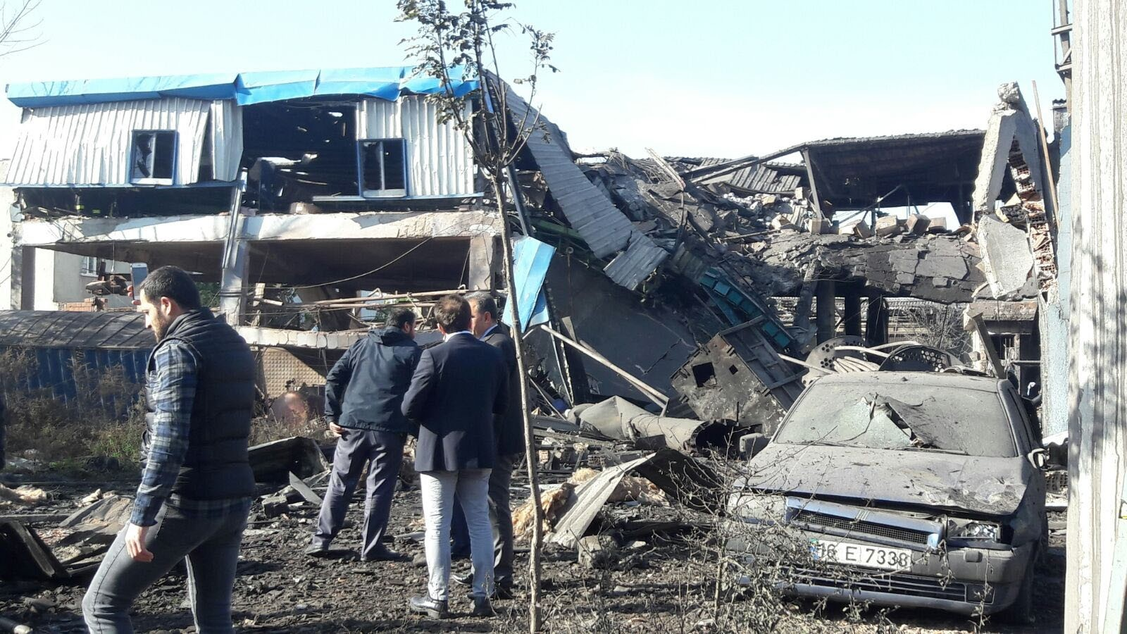 Steam boiler explosion causes partial collapse at Bursa dye factory