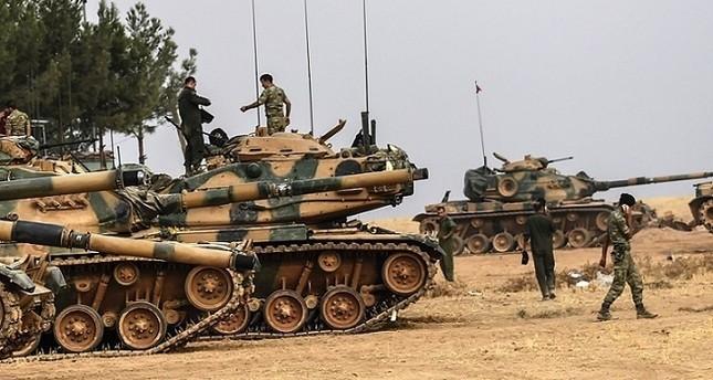 دبابات تركية بمنطقة قارقامش قرب الحدود السورية وكالة الأنباء الفرنسية