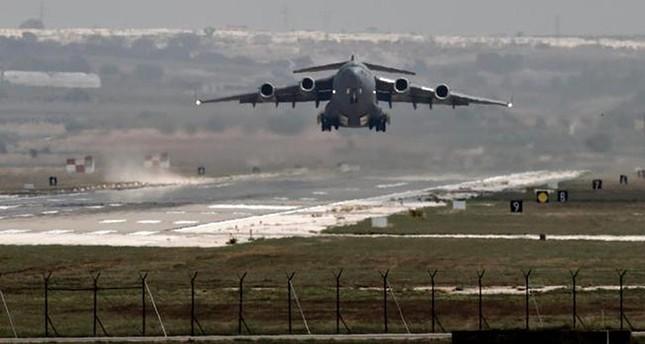 طائرة تقلع من قاعدة إنجرليك التركية
