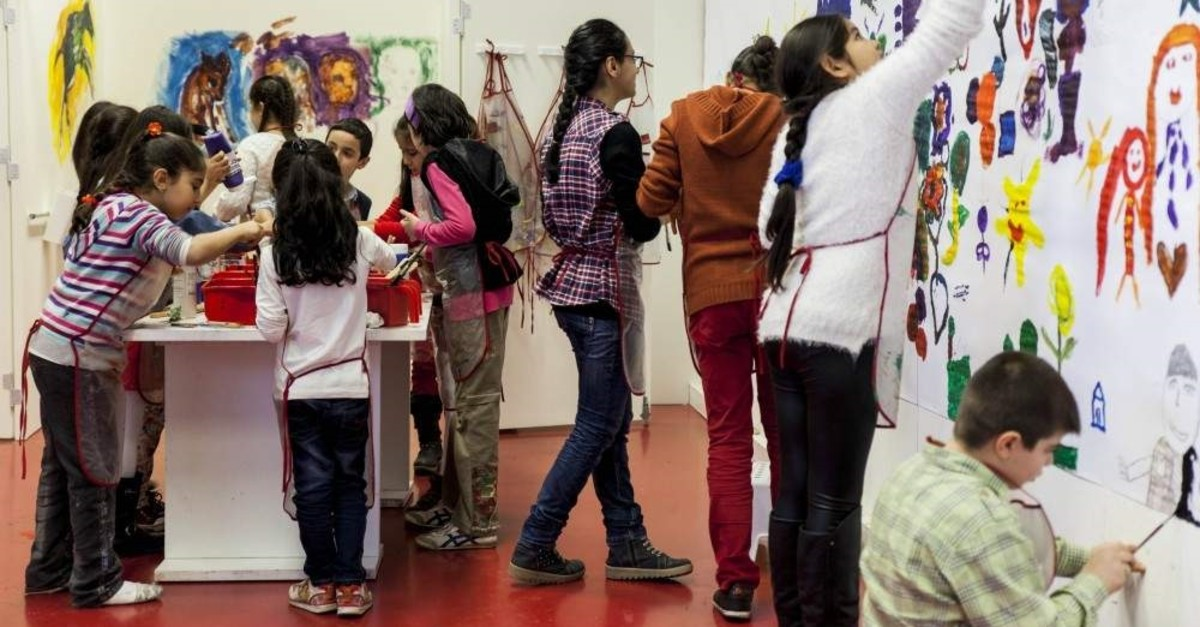 In the ,Movements and Paintings, workshop, children will paint patterns in the exhibition halls of the Istanbul Modern museum.