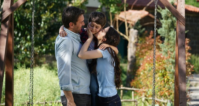 A scene from ATV's hit series Sen Anlat Kardeniz (Lifeline).