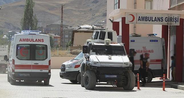 بي كا كا الإرهابي يقتل ثلاثة عمال طرق جنوب شرقي تركيا