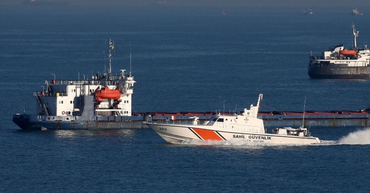Coast guard boats searching for the three missing crew members of the sunken fishing boat, Jan. 10. 2020. (AA Photo)