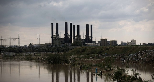 This March 15, 2014 file photo shows a view of a power plant in the Gaza City. (AFP Photo)