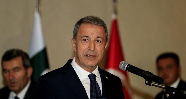 وزير الدفاع التركي: أي هجوم على إدلب سيقود المنطقة إلى كارثة